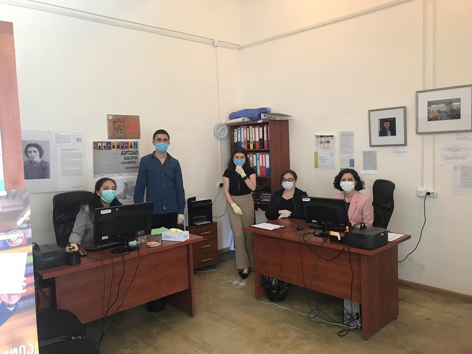 IFES Georgia and NCCE Assist Ethnic Minorities to Fill out Forms for State Compensation